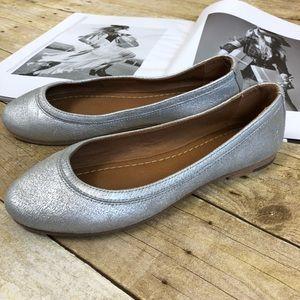 NWOB Frye Silver Carson Ballet Flats